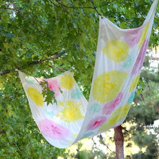 DIY: Easy Tie Dye Blossom Fabric - A Piece Of Rainbow