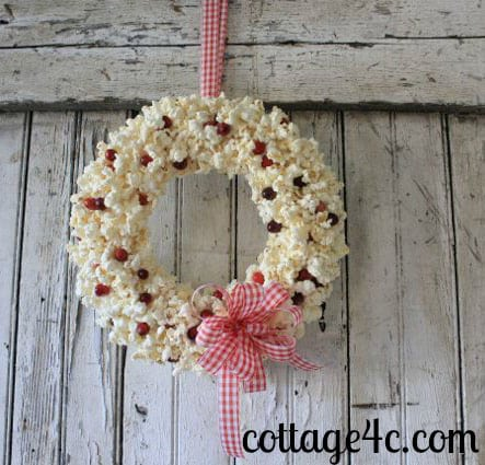 repurposed wreaths 12