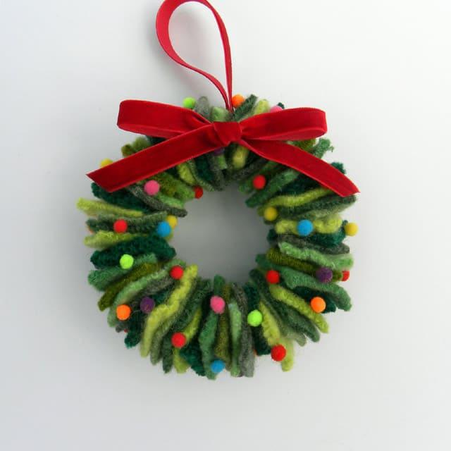 repurposed wreaths 14 - 15 Stunning Repurposed Wreaths