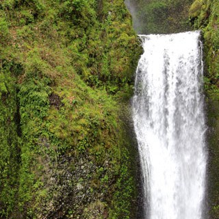 Travel Portland - Waterfalls - A Piece Of Rainbow