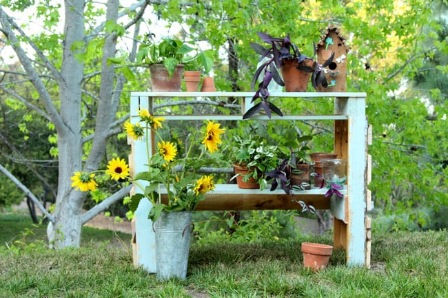 diy-pallet-potting-bench-apieceofrainbowblog (12)