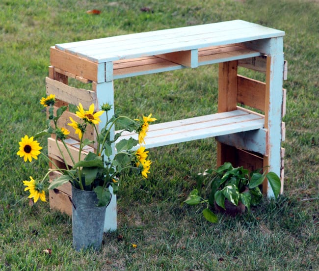 diy-pallet-potting-bench-apieceofrainbowblog (3)