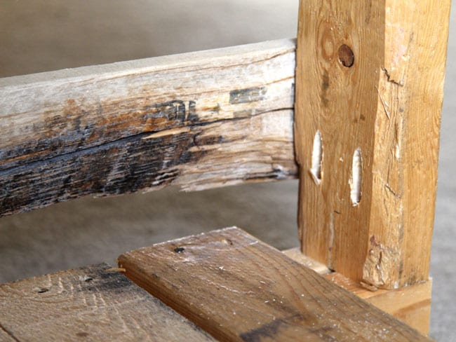 diy-pallet-potting-bench-apieceofrainbowblog (9)