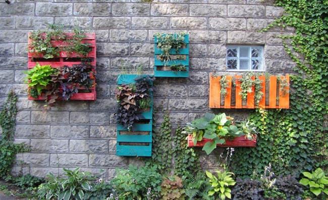 pallet  vertical planters