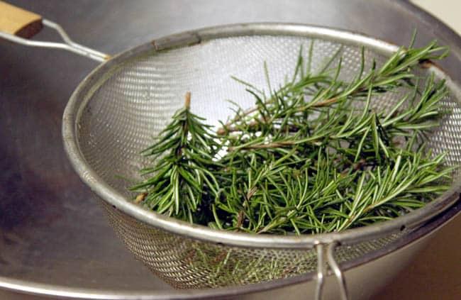 make-herb-infused-oil-apieceofrainbowblog (8)