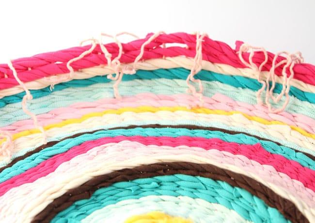Make_t_shirt_rag-_rug_apieceofrainbowblog (23)