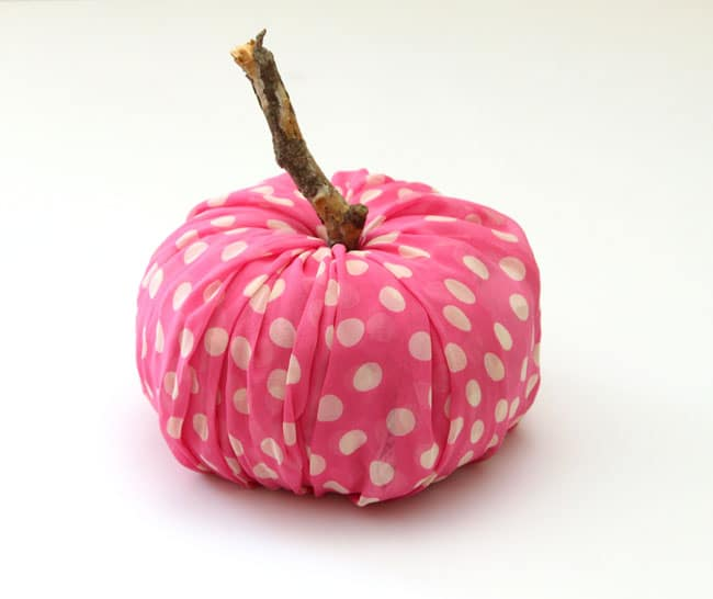 instant-fabric-pumpkin-decoration-apieceofrainbowblog (4)