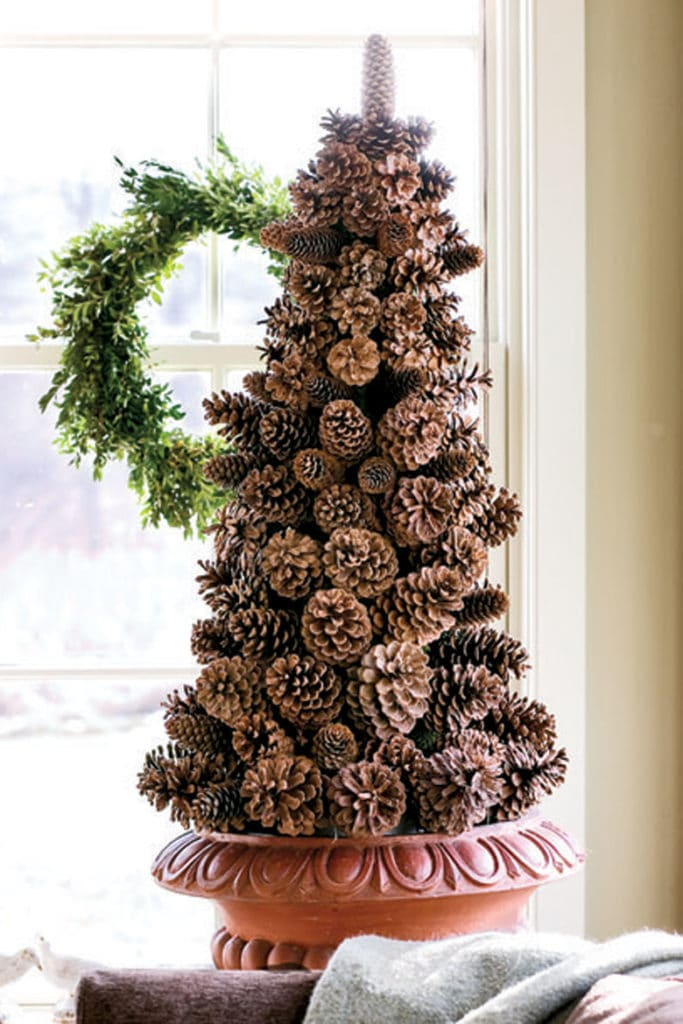 Pine Cone DIY Christmas tree