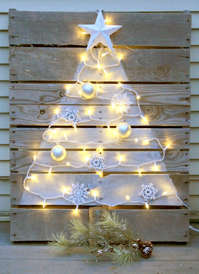 Pallet DIY Christmas Tree Ideas