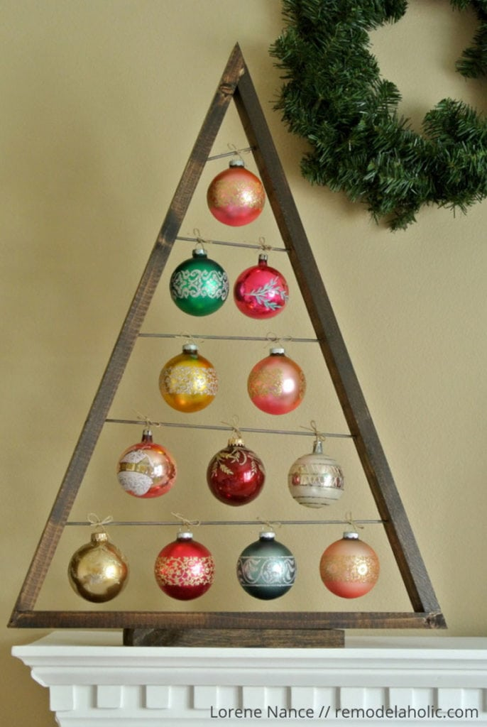 DIY Ornament Christmas Tree: an ornament display tree