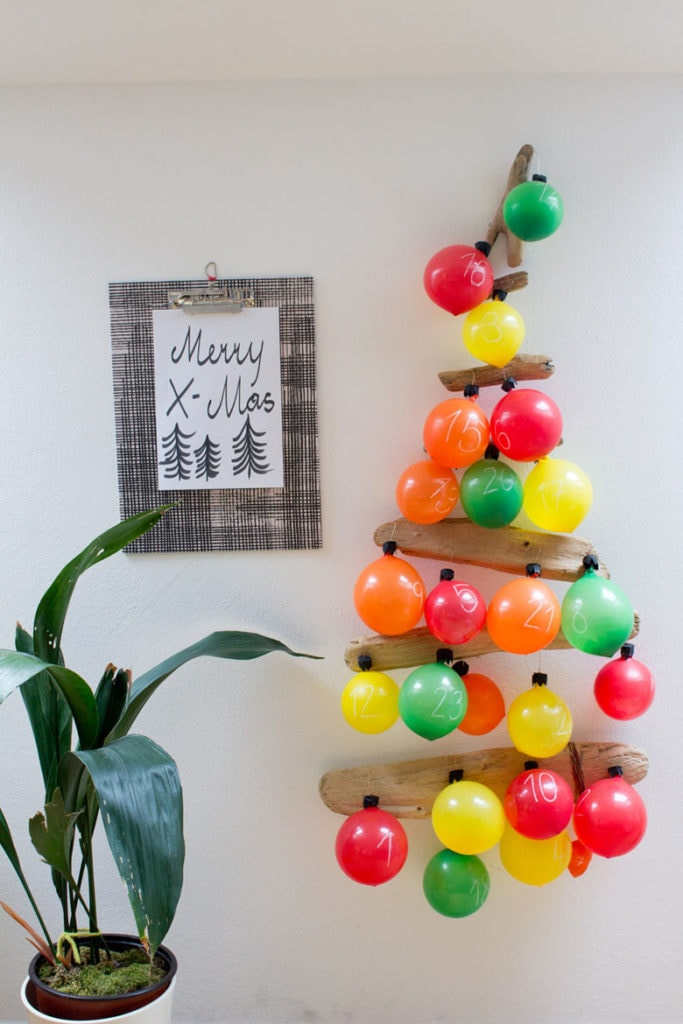 Make large ornaments with balloons