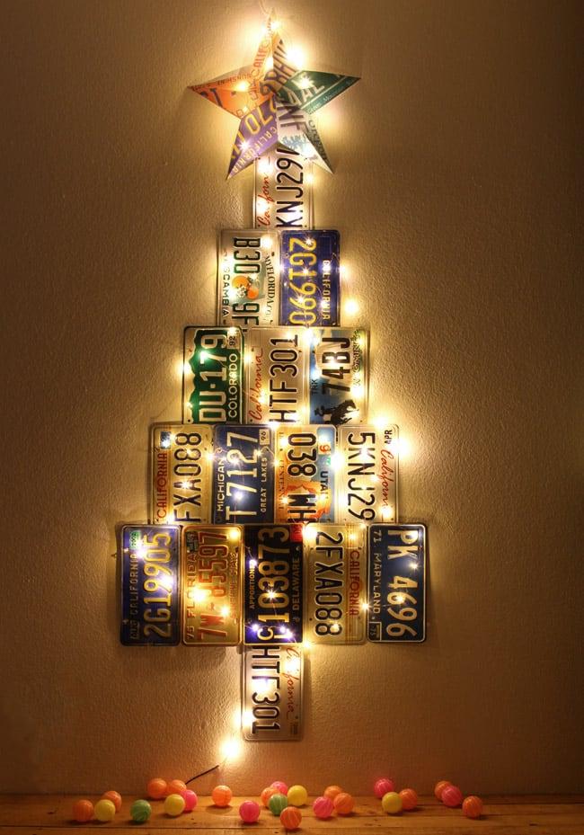 license-plate-christmas-tree-apieceofrainbowblog (1)