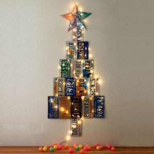 Make an uniquely gorgeous Christmas Tree from up-cycled license plates! Don't have license plates? Make it out of paper with the free printables provided! - A Piece of Rainbow Blog