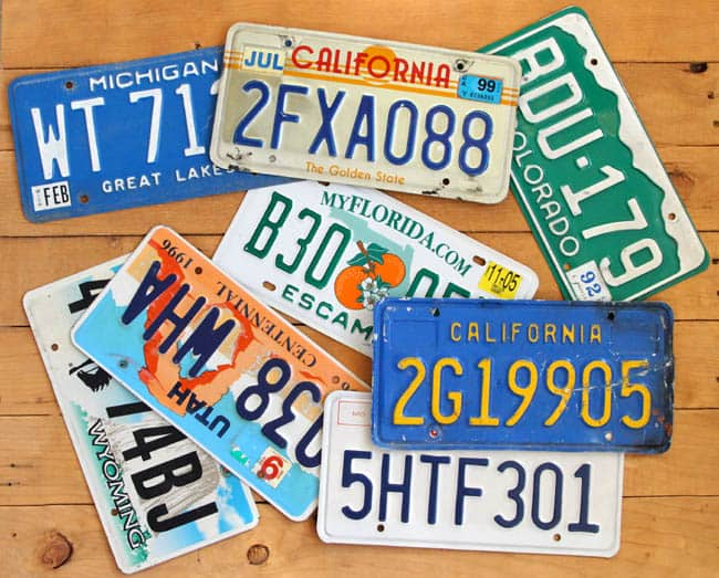 license-plate-christmas-tree-apieceofrainbowblog (5)