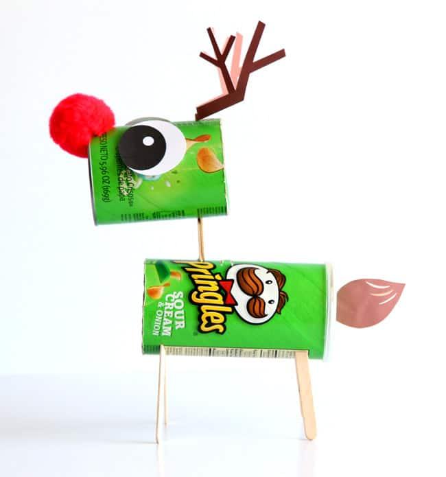 make-candy-pooping-reindeer-apieceofrainbowblog (12d)