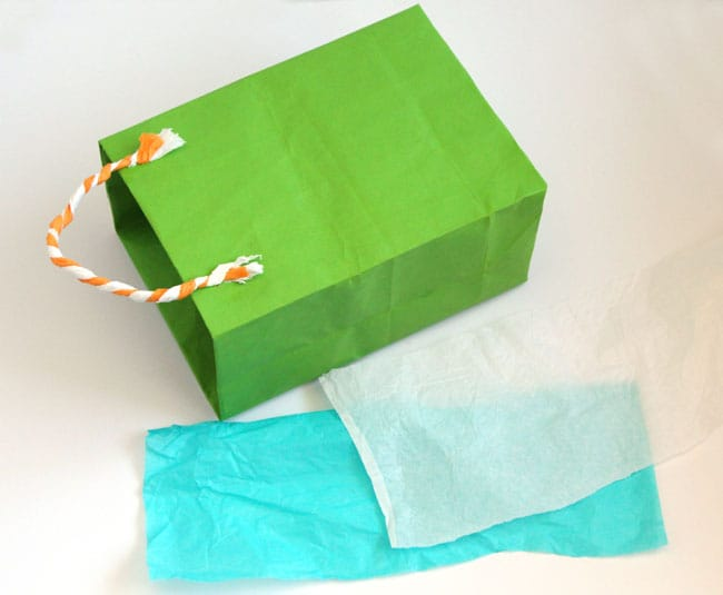 turn-gift-wrap-to-gift-bags-apieceofrainbowblog (15)