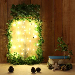Make a huge glow jar filled with fireflies for a fun spin on the traditional wreaths and garlands. It is easy, festive, and wireless! - A Piece of Rainow