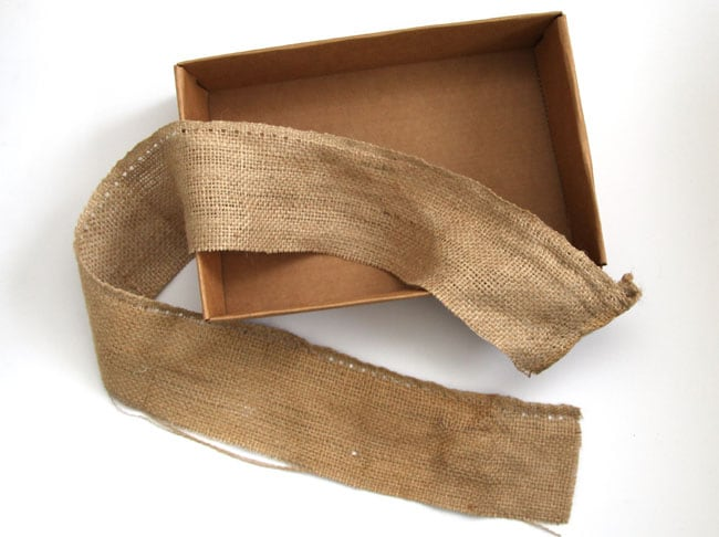 make-burlap-storage-box-apieceofrainbowblog (10)