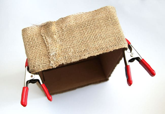 make-burlap-storage-box-apieceofrainbowblog (13)