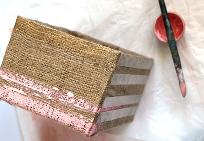make-burlap-storage-box-apieceofrainbowblog (17)