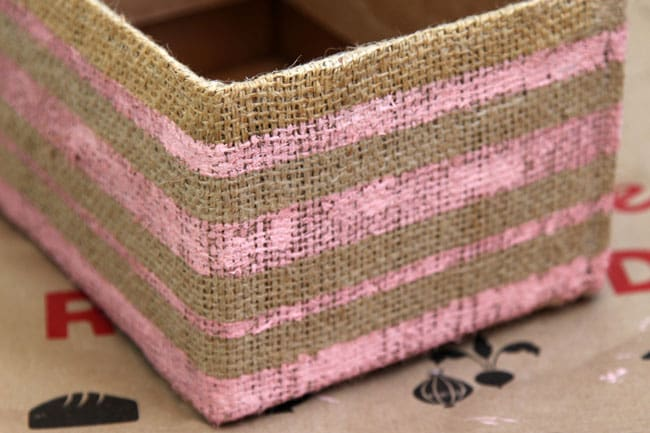make-burlap-storage-box-apieceofrainbowblog (18)