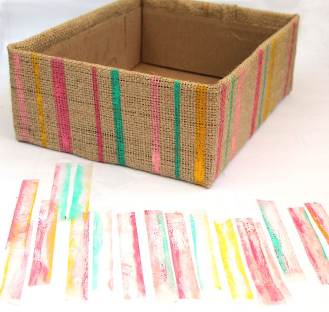 make-burlap-storage-box-apieceofrainbowblog (22)