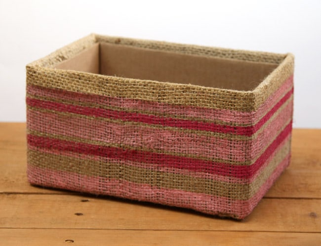 make-burlap-storage-box-apieceofrainbowblog (5)