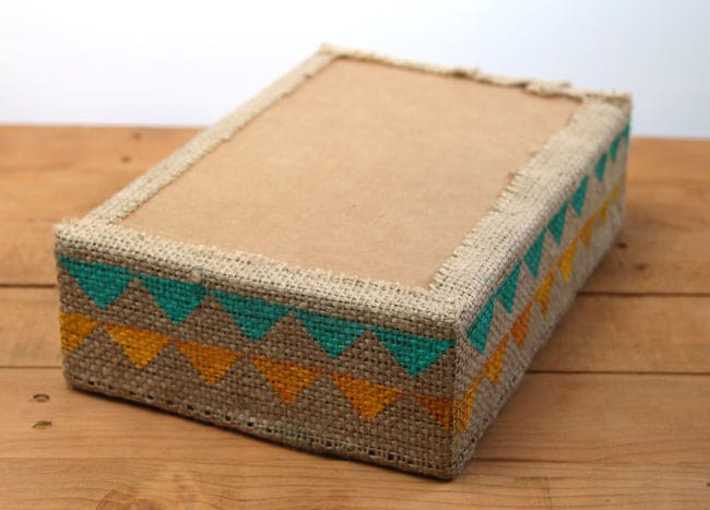 make-burlap-storage-box-apieceofrainbowblog (6)