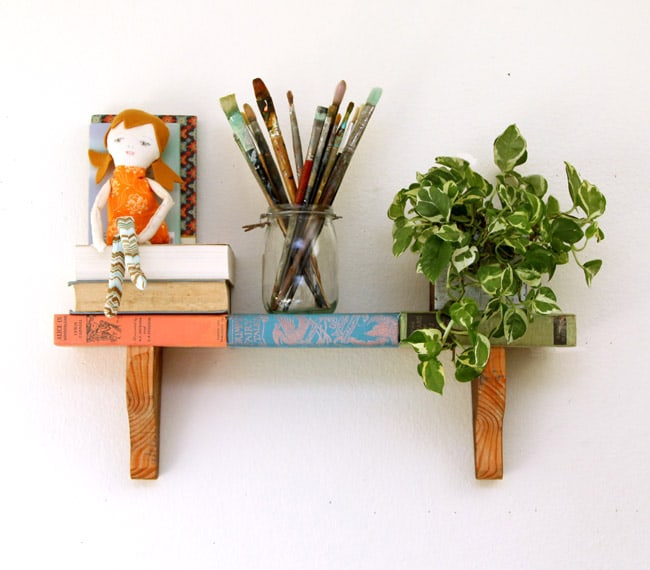 upcycled-books-wall-shelf-apieceofrainbow (2)