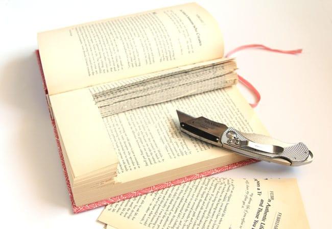 upcycled-books-wall-shelf-apieceofrainbow (8)