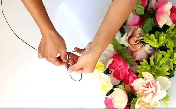 DIY-flower-wreath-apieceofrainbowblog (5)