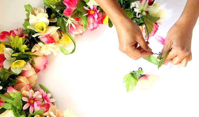 DIY-flower-wreath-apieceofrainbowblog (7)
