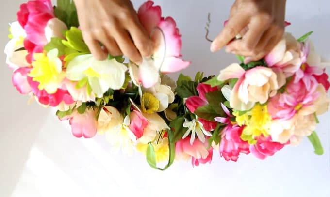 DIY-flower-wreath-apieceofrainbowblog (8)