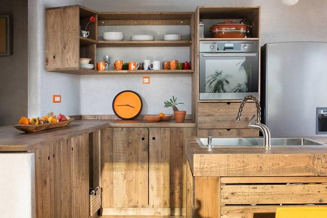 modern DIY pallet kitchen with pallet cabinets