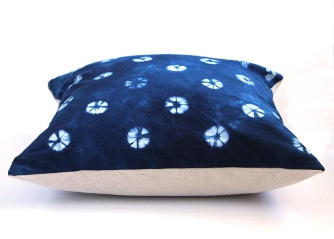 easy-throw-pillows-apieceofrainbow (18)