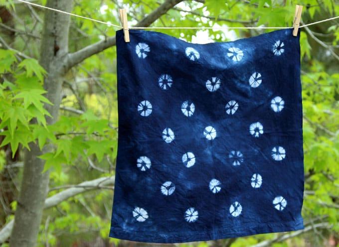 tie-dye-indigo-shibori-apieceofrainbowblog (3)