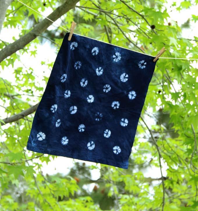 tie-dye-indigo-shibori-apieceofrainbowblog (4)