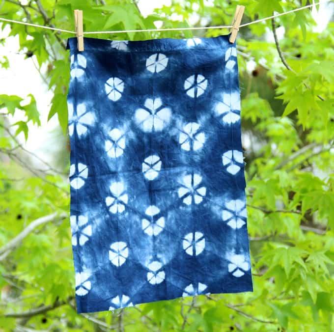 tie-dye-indigo-shibori-apieceofrainbowblog (6)