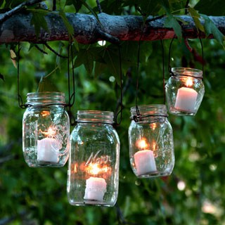 Easiest DIY hanging mason jar lights using dry cleaners hangers: beautiful home decor & wedding lighting from farmhouse to boho style! Detailed tutorial! - A Piece of Rainbow