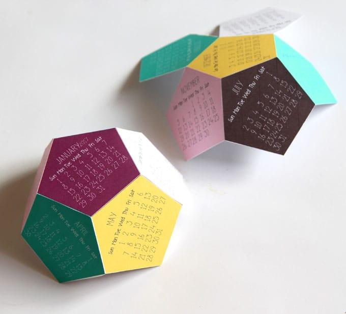 3d-2017-printable-calendar-apieceofrainbow-5