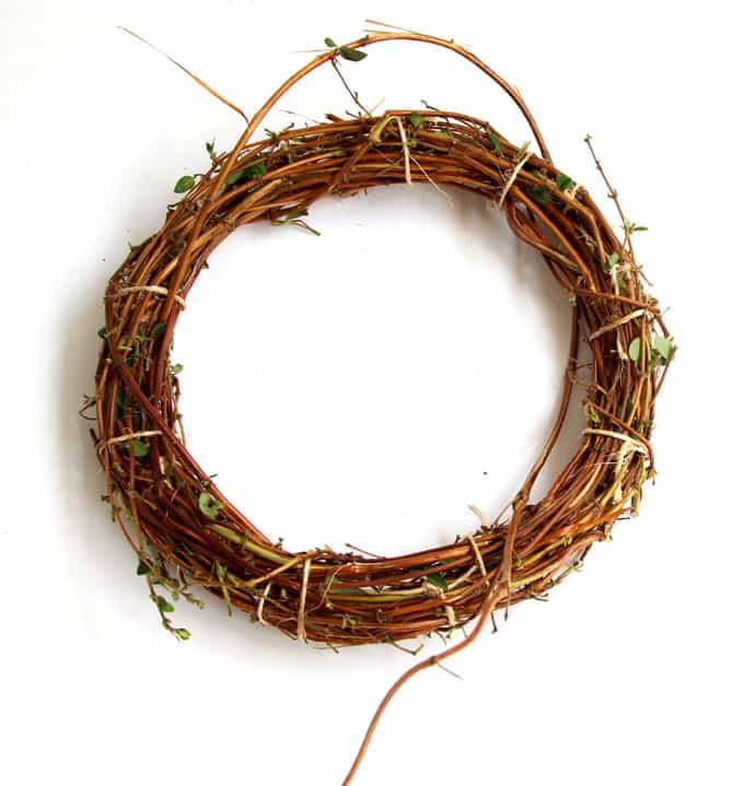 make-wreath-from-nature-walk-apieceofrainbow-11