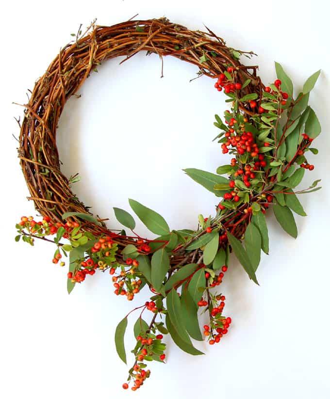 make-wreath-from-nature-walk-apieceofrainbow-17