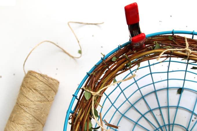 make-wreath-from-nature-walk-apieceofrainbow-8