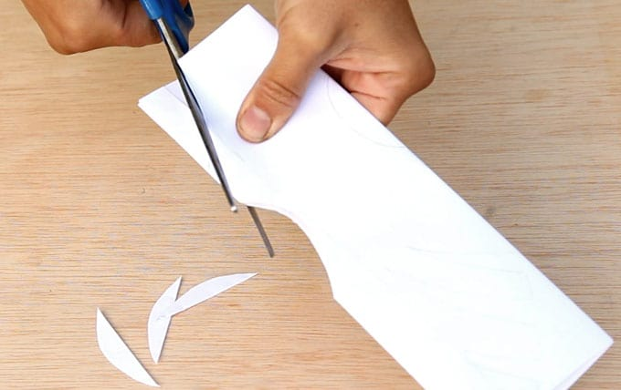 paper-bag-snowflake-pendants-apieceofrainbowblog-25