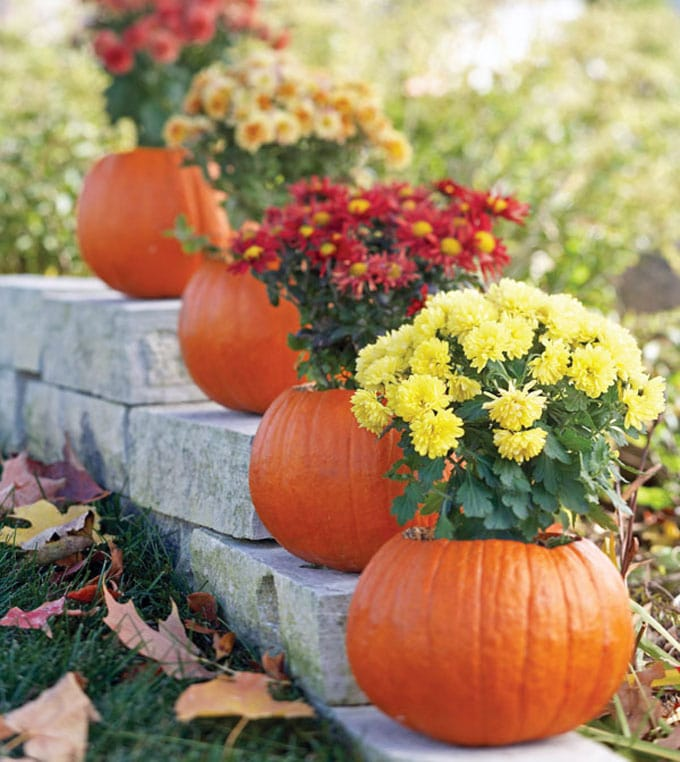Autumn Yard Decorations: 25 Splendid DIY Fall Outdoor Decorations