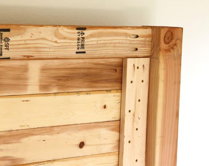 Easy And Beautiful Wood Diy Headboard A Piece Of Rainbow