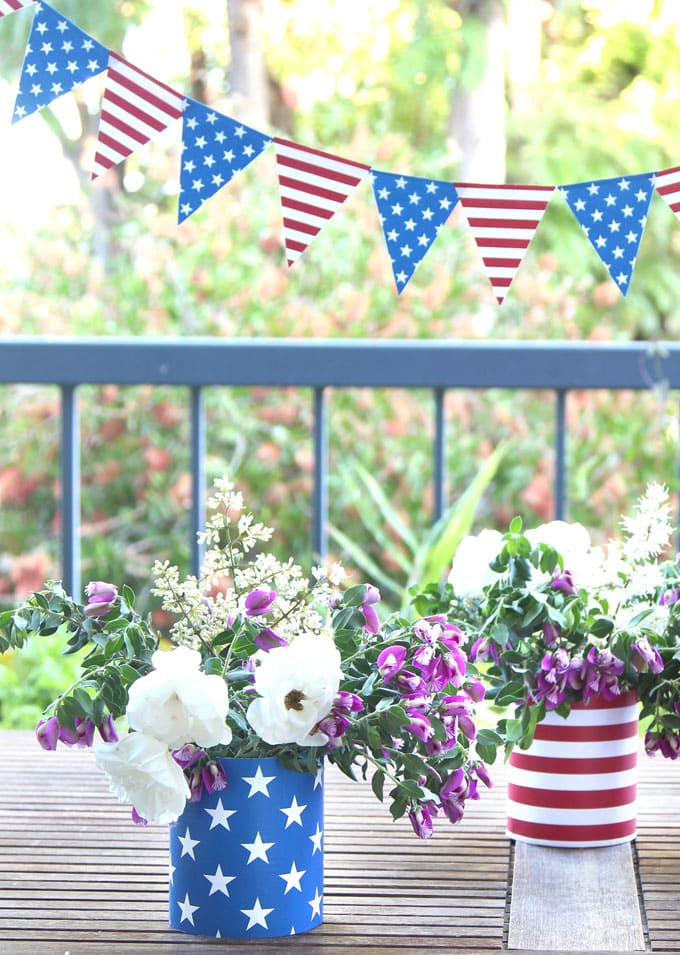 blue stars and red stripes vases with white roses: july 4th decorations vases with flowers table centerpiece and garlands