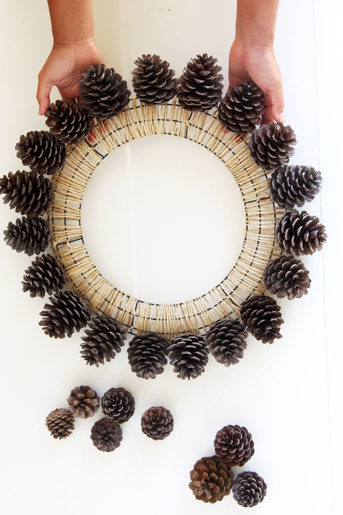 Beautiful Fast Easy Diy Pinecone Wreath Improved Version A