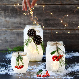 Magical 5 minute DIY snow frosted mason jar decorations: FREE beautiful Thanksgiving & Christmas decor, gifts, winter wedding centerpieces, & great crafts!