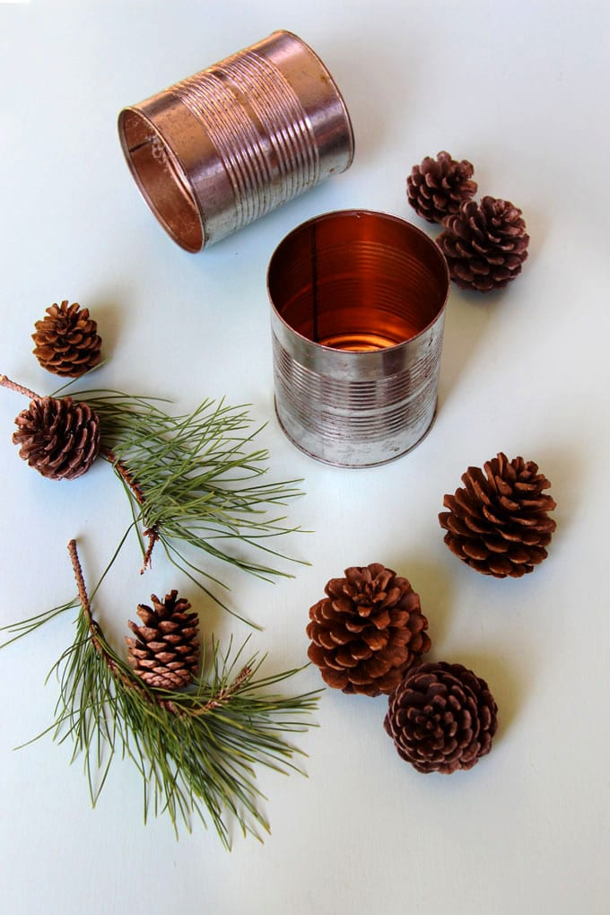 Don't throw out that empty can before you see THIS! Easy, practically free, and SO BEAUTIFUL! You can make it in 10 minutes!  #farmhousestyle #farmhousedecor #pinecones #pineconecrafts #diy #homedecor #homedecorideas #diyhomedecor #thanksgiving #christmas #christmasdecor #christmascrafts #christmasideas #christmasdecorations #crafts #centerpiece #winter #farmhouse #vintage #weddingdecor